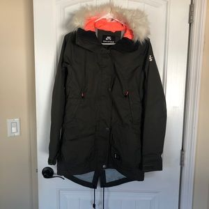 NIKE Ski / Snowboard / Winter Jacket